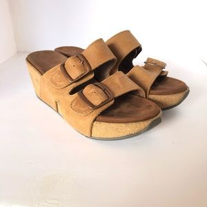 White Mountain Footbeds Leather Sandals Tan Size 7